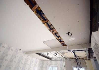 Câblage électrique en plafond