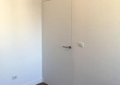 Porte sans moulure