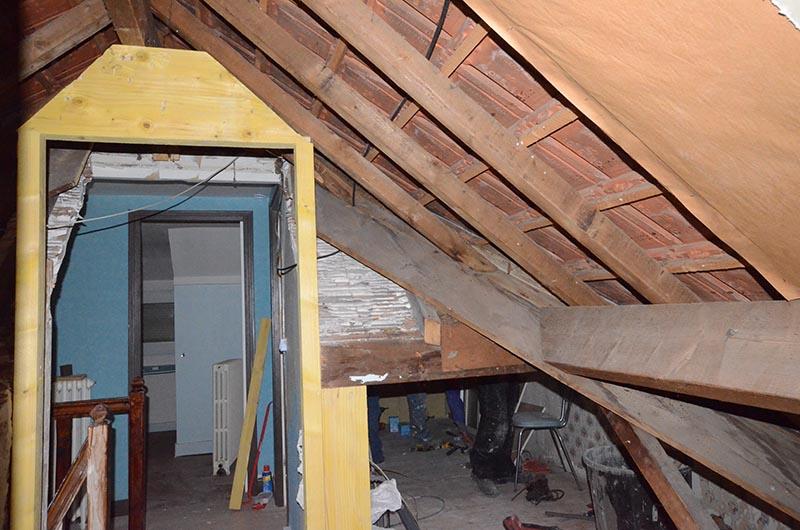 Préférence Travaux de rénovation de comble d'une maison à Ezanville - Drop NV47