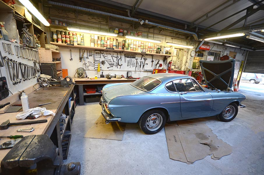 Am nagement d un atelier de r novation automobile montreuil - Garage de voiture ancienne ...