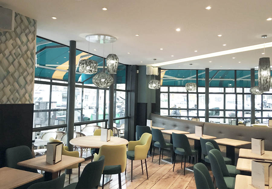 Travaux de rénovation du restaurant Le Hameau à Paris rue des Ternes