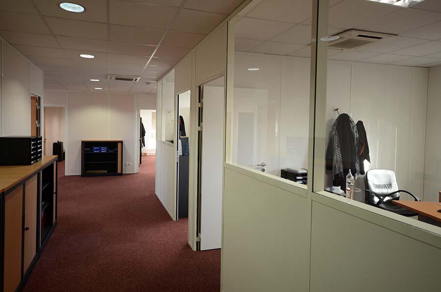 Cloisons modulaires pour aménagement de bureaux à argenteuil