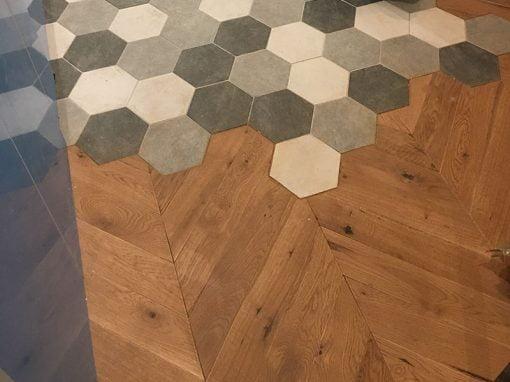 Travaux de rénovation d'un appartement : réparation d'un plancher