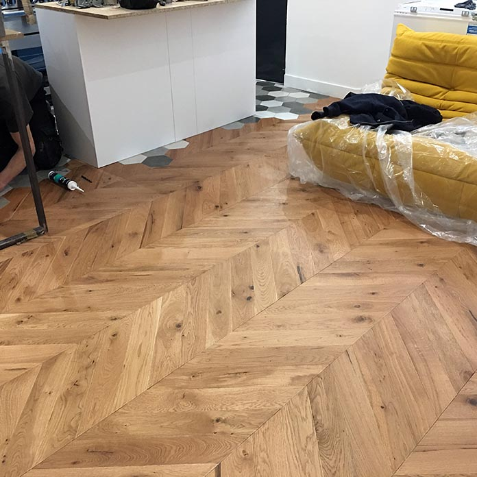 renovation parquet chene amazing parquet vitrifi damier les planchettes se soulvent cause des. Black Bedroom Furniture Sets. Home Design Ideas
