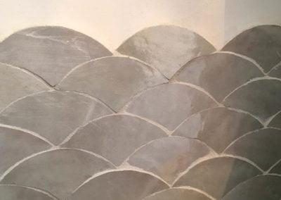 Chakours en céramique grise