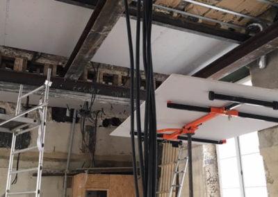 Structure du plafond en acier