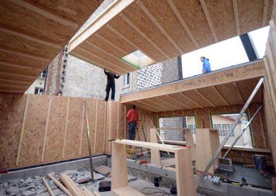Panneau recevant une fenêtre de toit