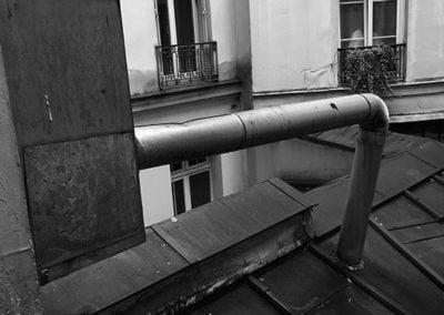 Cour et toiture avant travaux