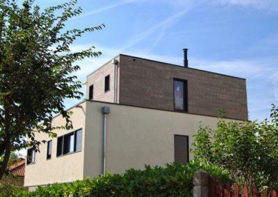 Maison en bois cubique
