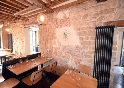 Travaux de menuiserie dans un restaurant à Paris