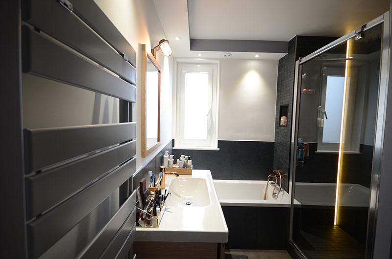 Travaux de décoration de salle de bain