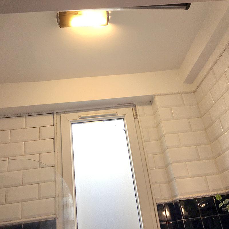 Travaux de peinture dans la salle de bain à Paris